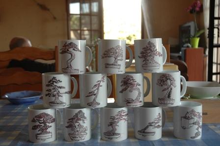 http://www.espritsdegoshin.fr/components/com_agora/img/members/2066/peintures-de-porcelaine.JPG