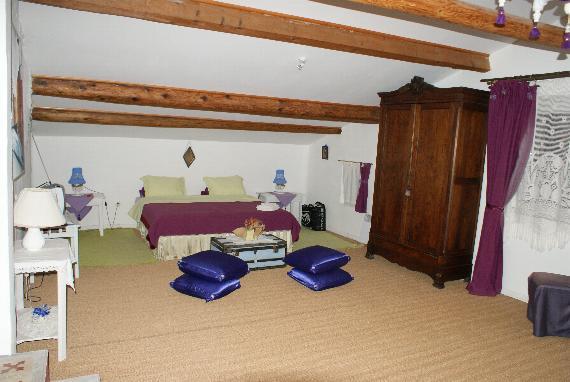 http://www.espritsdegoshin.fr/components/com_agora/img/members/2103/12042011-1617_1.jpg