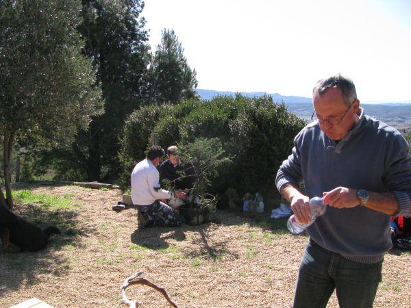 http://www.espritsdegoshin.fr/components/com_agora/img/members/2136/Maurice-eau.jpg