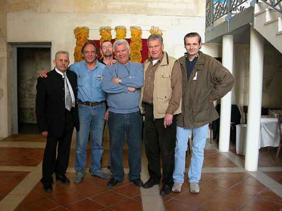 http://www.espritsdegoshin.fr/components/com_agora/img/members/2226/mini_edg.jpg