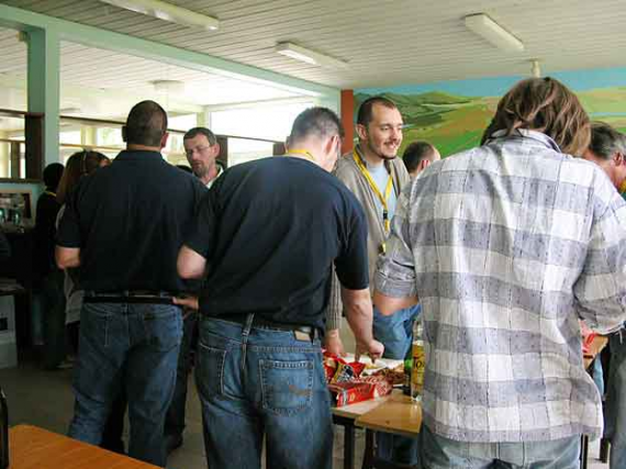 http://www.espritsdegoshin.fr/components/com_agora/img/members/42422_convention-edg-fest7_158.jpg_thumb
