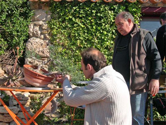 http://www.espritsdegoshin.fr/components/com_agora/img/members/62843_JF+Francis.jpg