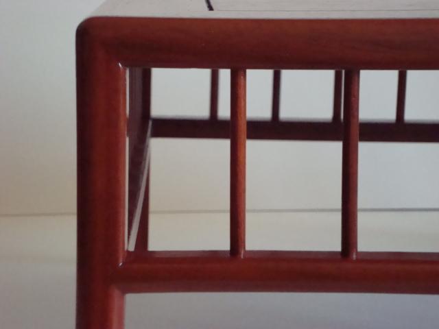 http://www.espritsdegoshin.fr/components/com_agora/img/members/78548_tables_pascal_005.jpg