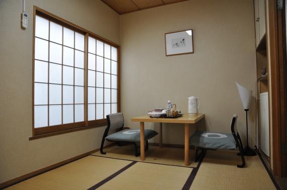 quelques jours au japon 3 dans l 39 ambiance. Black Bedroom Furniture Sets. Home Design Ideas